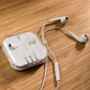 HQ Premium EarBuds w/ Remote & Mic